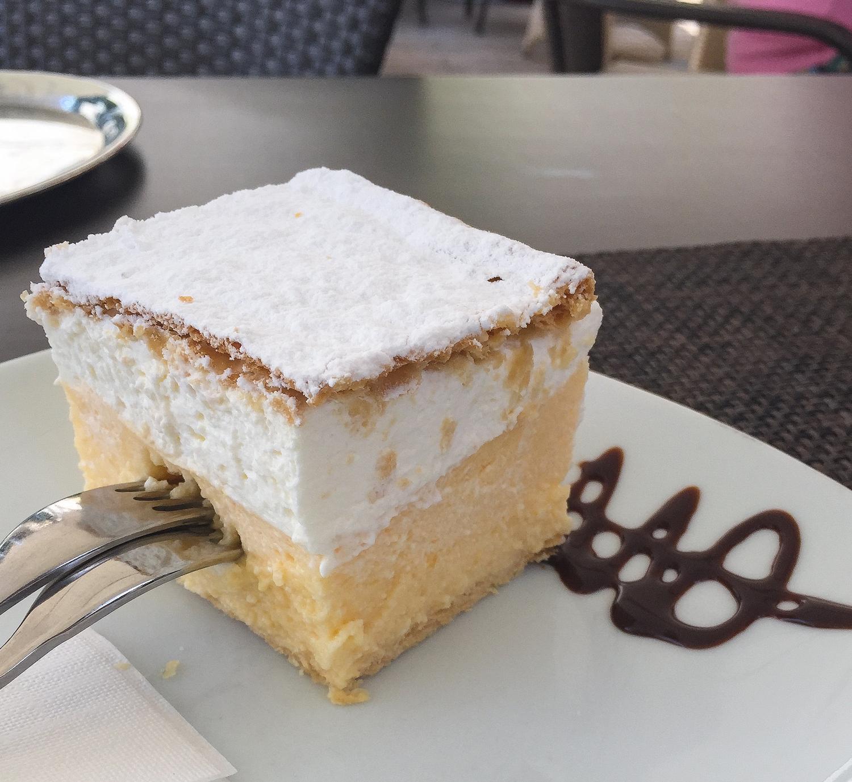 Bled Creme Cake