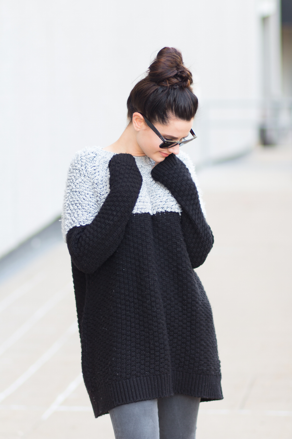 oversized sweater + messy bun +shades