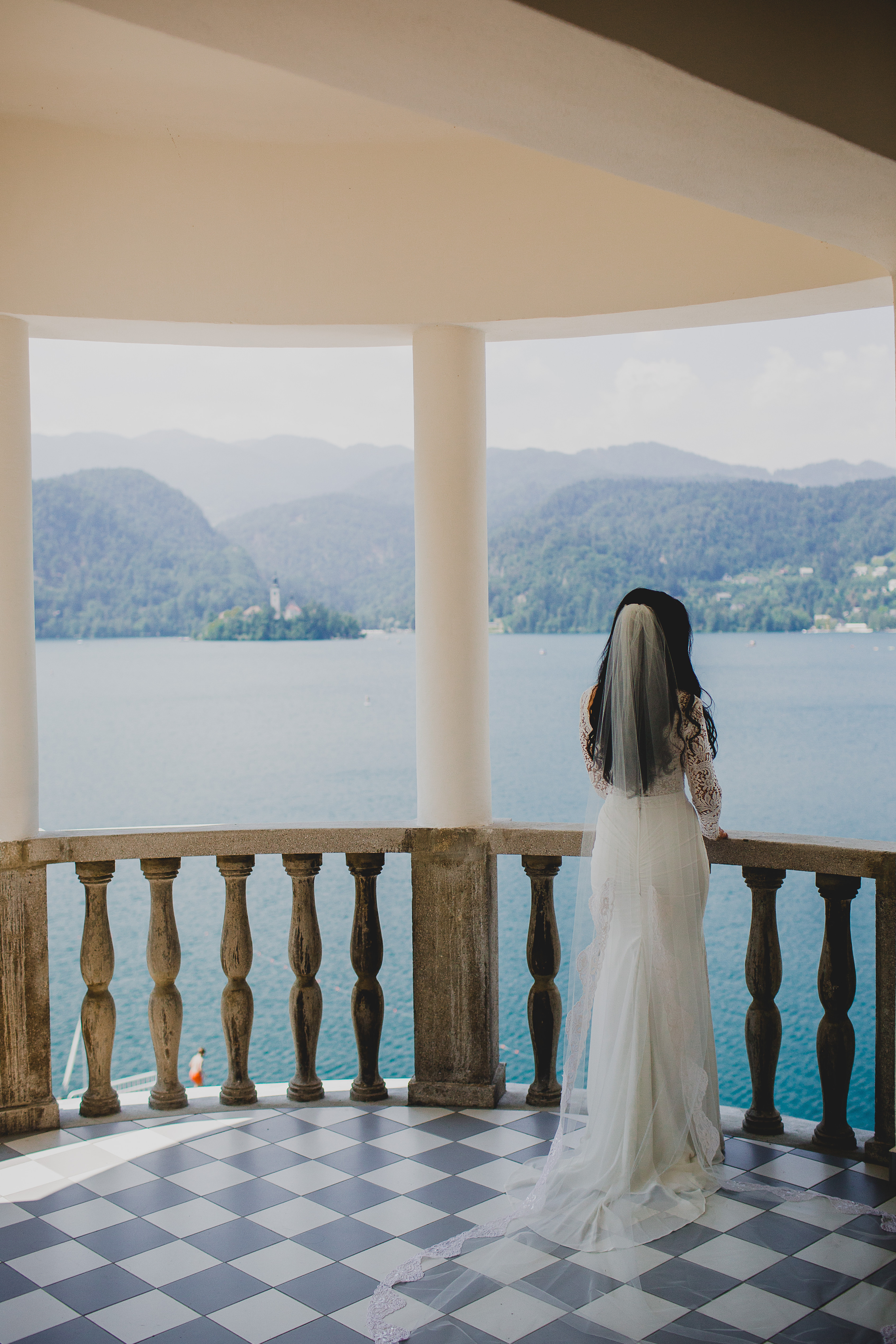 Monde et Mode | Our Fairytale Lake Bled Wedding