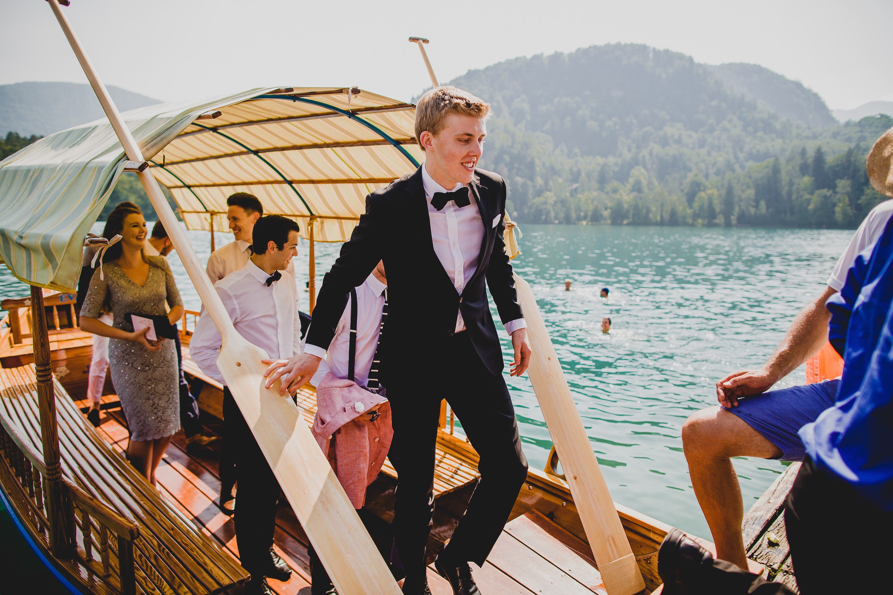 Monde et Mode | Lake Bled Wedding